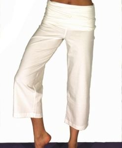 White Cropped Yoga Trousers by Gossypium
