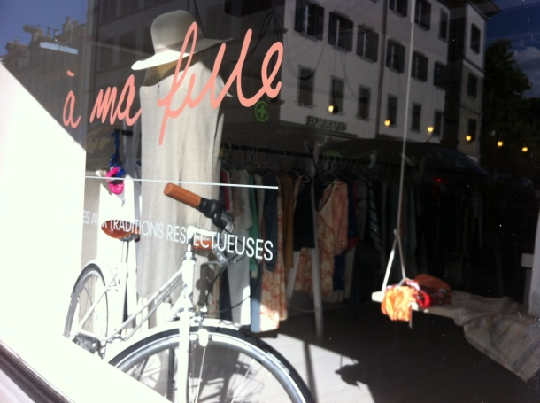 A ma fille boutique window display