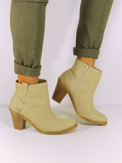 Vegan faux-suede ankle boots. Via wills-vegan-shoes.com/