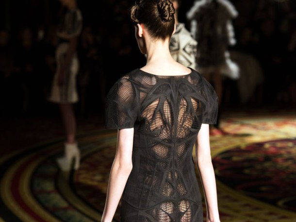 3D couture by Iris van Herpen. Photo via Materialise.