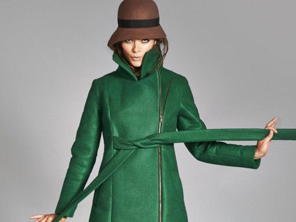 Vegan Emily coat by Vaute presented to the Duchess of Cambridge by PETA. Photo via Ecouterre.